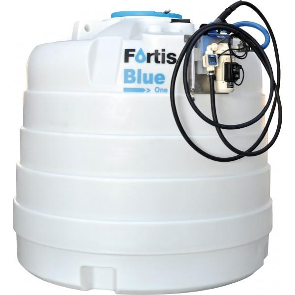 jednoplášťová nádrž AdBlue 3000 litrů vybavená pro výdej